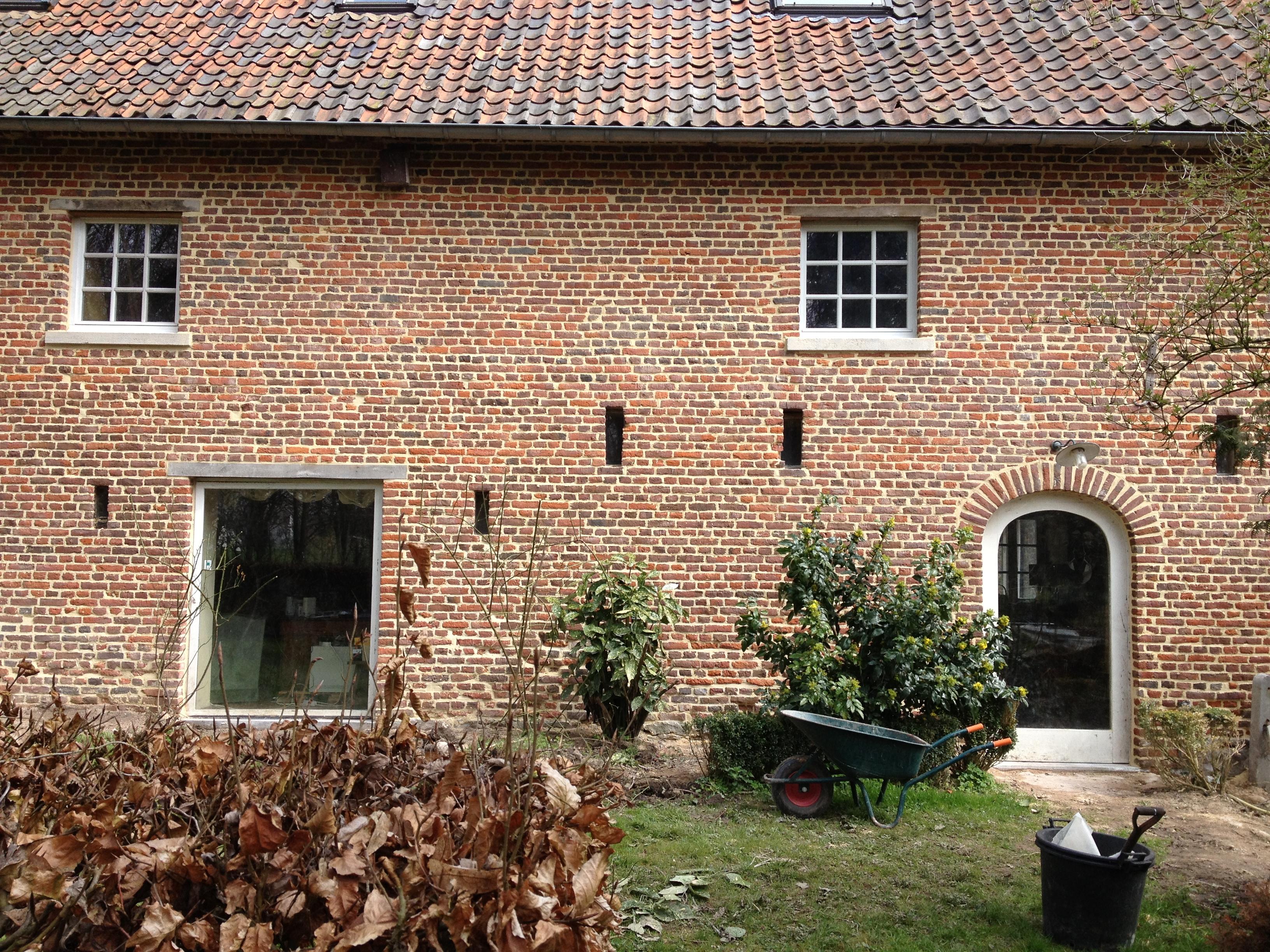 Hoeve restauratie gevelwerken loyen - Oude huis gevel ...